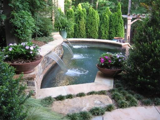 جدول کشی و ساخت دیواره برای باغچه به کمک سنگ های اضافی: