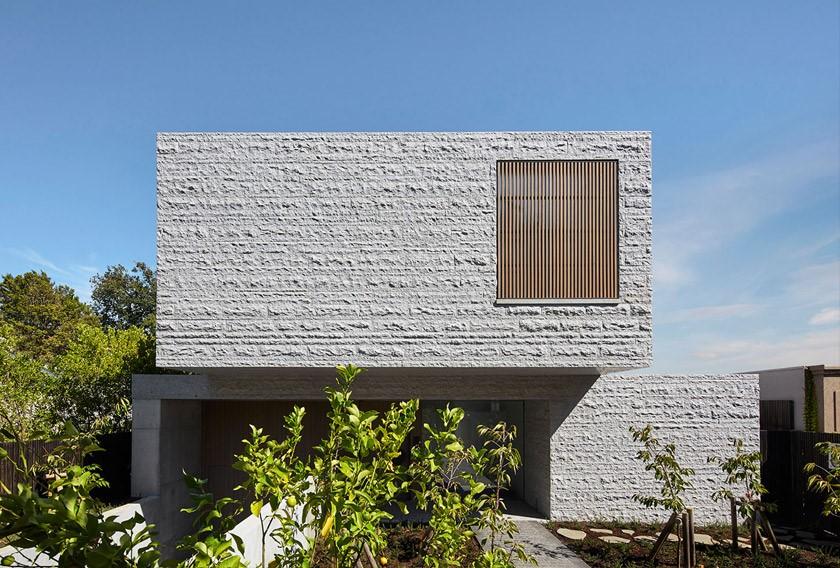 سنگ آذرین برای نمای ساختمان