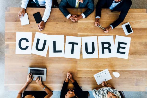 معماری به عنوان بستر فرهنگ