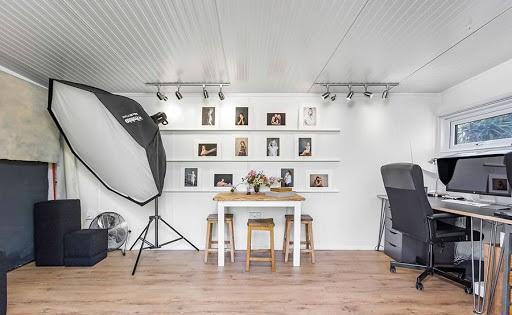 دکوراسیون داخلی مغازه عکاسی